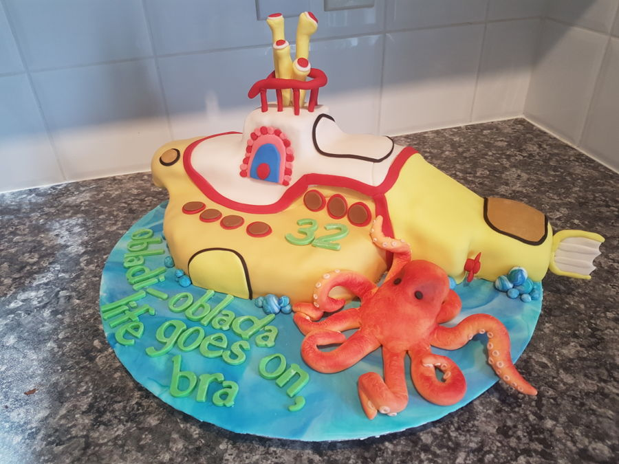 Yellow Submarine Cake on Cake Central