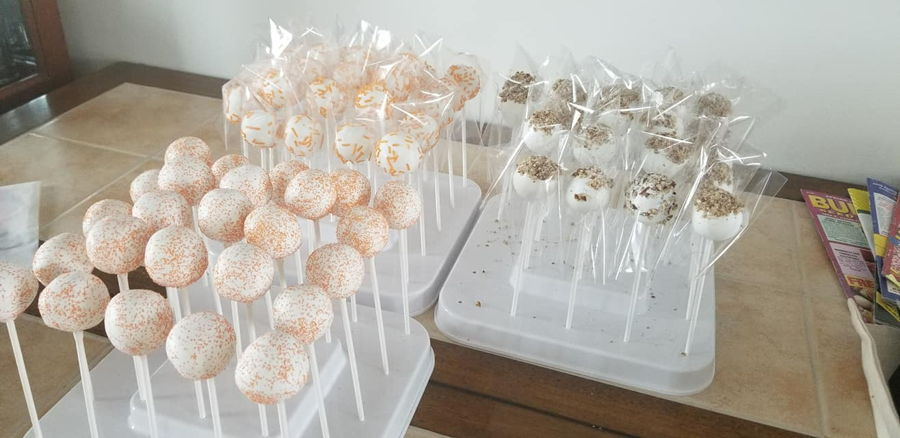 Carrot Cake Pops on Cake Central