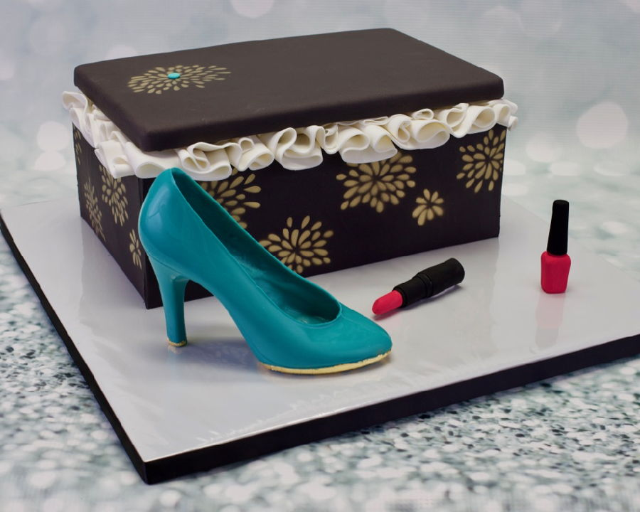 Shoes And Makeup Cake on Cake Central