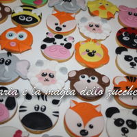 Animals Cookies lots of cute little biscuit animals for a fine party gift! Aren't they adorable?