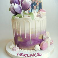 Drip Cake Drip cake with edible photo