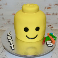Lego Head Vanilla Cake with Fondant and Fondant Bricks