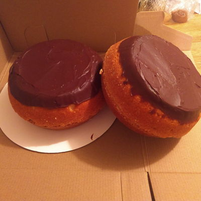 Boston Cream Donut Cakes