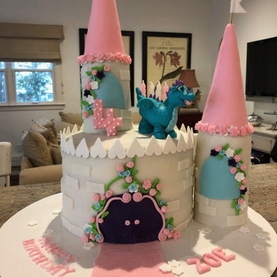 Zoes 4Th Dragon Castle Cake