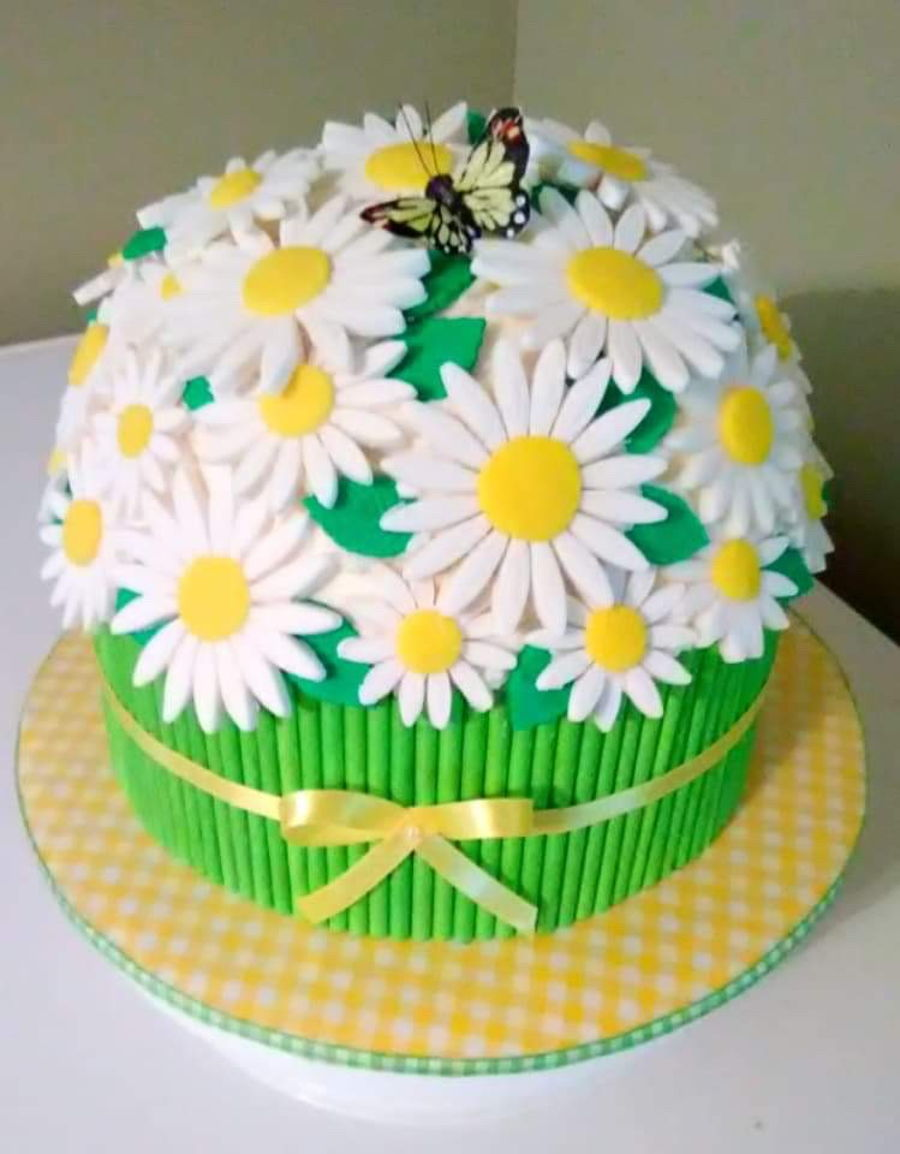 Daisy Cake #2 on Cake Central