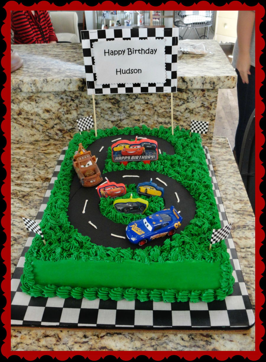 Race In Desert on Cake Central