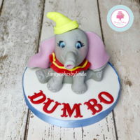 Dumbo The Elephant Cute Dumbo the Elephant Fondant Cake Topper Would you like to know how to make Dumbo? I have a tutorial where I demonstrate step by step...