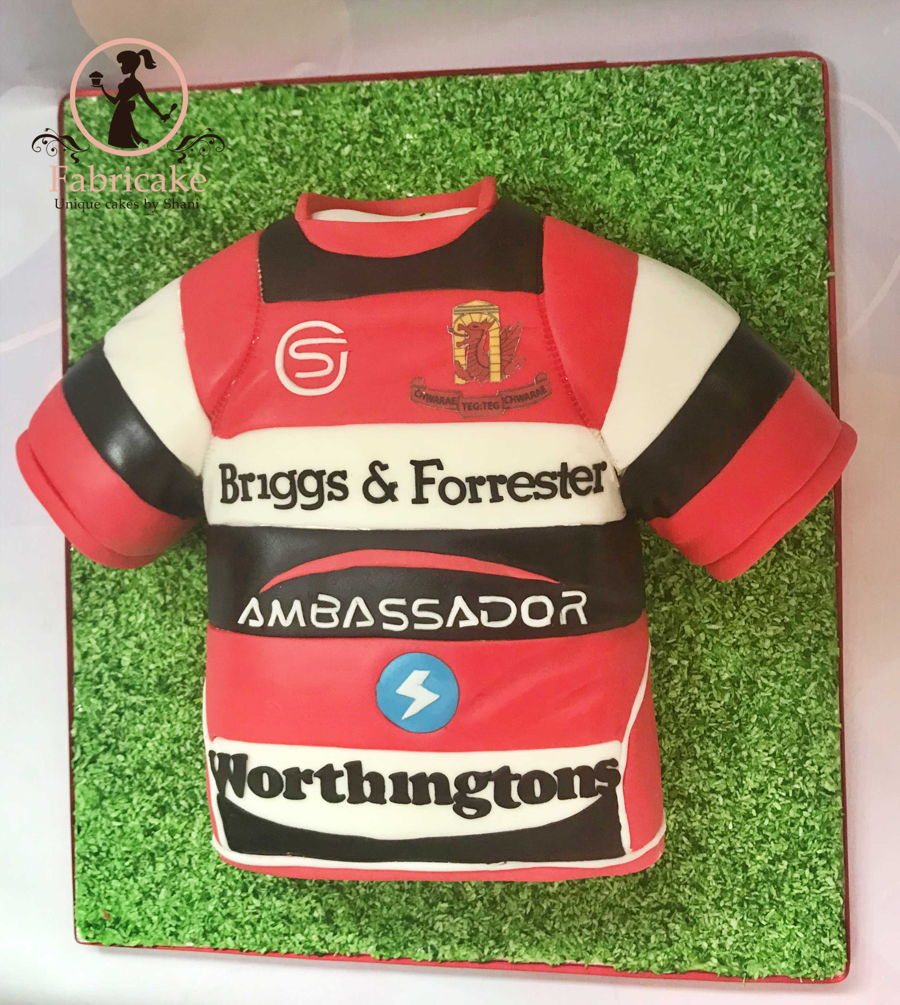 Rugby Shirt Cake on Cake Central