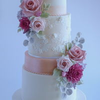 Wedding Cake For our good friends on their wedding. Flowers matched the bouquet of the bride.