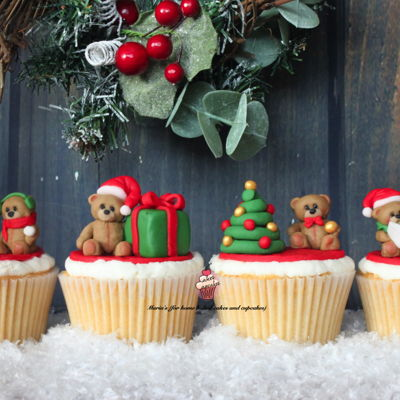 Christmas Teddy Cupcakes