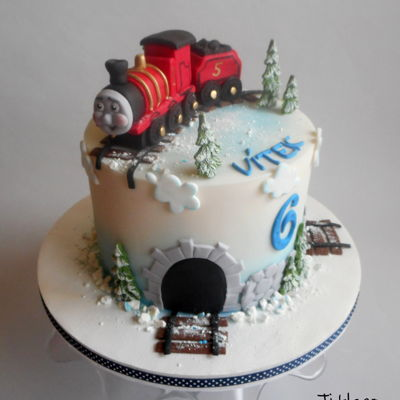 James The Train Cake