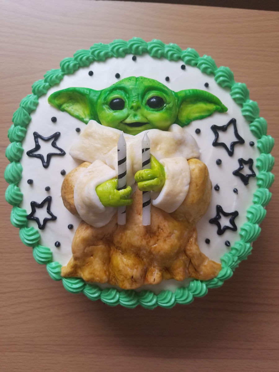 Baby Yoda Cake on Cake Central