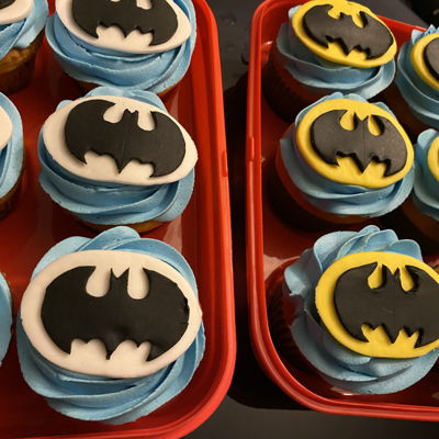 Batman Cupcakes on Cake Central