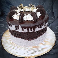 Cookie And Cream Cake Cookie and cream fault line cake