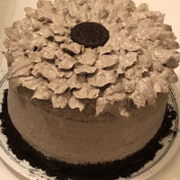 Oreo Sunflower Cake Vanilla and chocolate cake with Oreo frosting