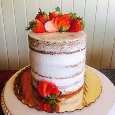 Semi Naked Cake With Strawberries