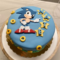 Sonic The Hedgehog Cake Fondant covered cake with fondant decorations