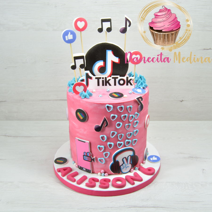 Tit Tok Cream Cake on Cake Central