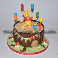 Winnie The Pooh Cake ..a timeless classic!I still remember how many times I lived this cartoon when my daughter was little!For little Claudio's birthday a...